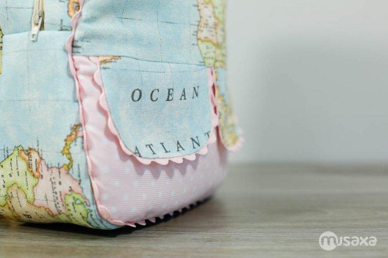 mochila-infantil-personalizada-mapa-lunares-rosa-4
